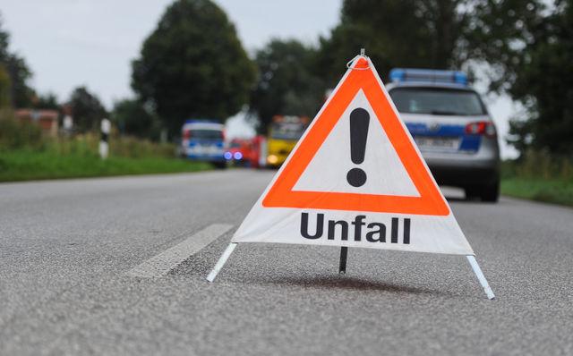 Ratgeber beim Autounfall | Öffentliche Versicherung Braunschweig